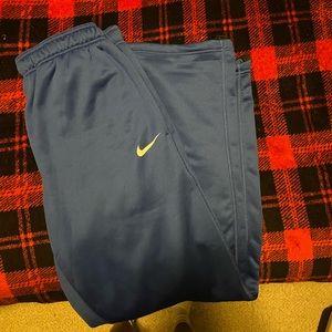 UK Nike sweatpants